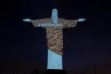 COB ilumina Cristo Redentor para marcar 100 dias para Tóquio 2020 - Fotos de Júlio Cesar Guimarães/ COB- Divulgação