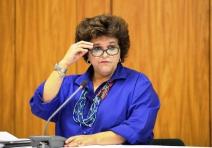 Izabella, a resiliência de uma ministra