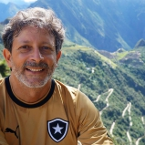 Ouro de tolo: RENCA e o futuro da Amazônia