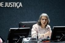 Cármen Lúcia reafirma que Judiciário deve cumprir Constituição e fortalecer democracia