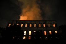 UFRJ: incêndio no Rio é a maior tragédia museológica do país