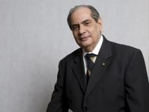 José Roberto Tadros é eleito presidente da CNC