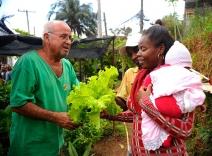 Crivella comemora dois prêmios internacionais em sustentabilidade