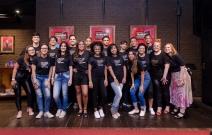 Jovens desenvolvem manifesto sobre segurança online e saúde mental em ação do Instituto Claro