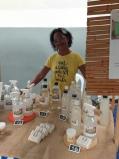 ESPECIAL CORONAVÍRUS - Mulheres do Projeto Beccon no Pavão - Pavãozinho distribuem Sabão Natural para auxiliar no combate ao Covid-19