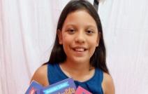Rondoniense de nove anos cria lives para ler livros como distração e incentivar leitura