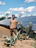 Celebridades, como Bruno Gagliasso e Michel Teló, aderem à 'onda azul' e instalam painéis solares em suas propriedades
