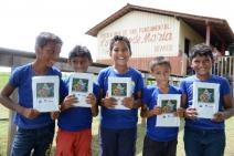 Livro infanto-juvenil de super-heróis da Amazônia comemora a doação de 10 mil exemplares às comunidades ribeirinhas do Pará