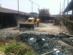 Incêndio destroi parte do Polo de Reciclagem do Jardim Gramacho