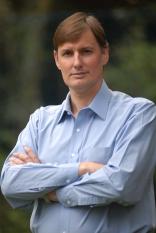Nobel sinaliza sobre fragilidade da economia frente às variáveis ambientais