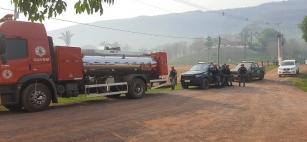 Bombeiros, Força Nacional e Brigadistas do Sesc Pantanal combatem fogo que avança na região de Nobres