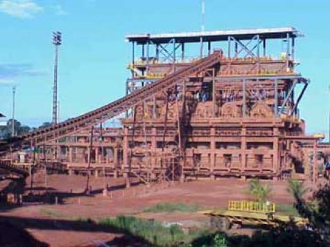 Vale vai completar a desnacionalização do polo de alumínio da Amazônia