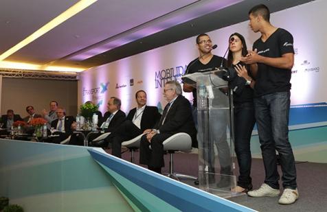 Diálogo Jovem sobre Mobilidade : integrantes mobilizam evento e entregam  Carta de Princípios para empresários do Sistema de ônibus do Rio