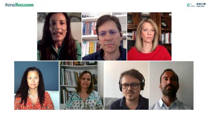 Isabella Panizza, Head of Global Digital do Enel Group, foi a moderadora na webinar #EnelFocusOn sobre recuperação verde pós-pandemia.