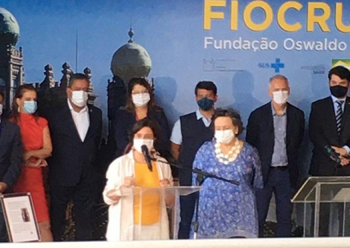 Vacina Covid-19: Fiocruz libera dois milhões de doses e imuniza profissionais de saúde/ FOTOS DE DIVULGAÇÃO - FIOCRUZ