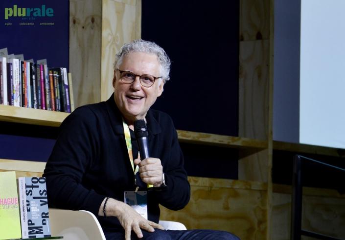 O jornalista/sociólogo e escritor Sérgio Abranches foi um dos destaques da Bienal do Livro 2019 no Riocentro. FOTO DE RAFAELA CASSIANO - PLURALE